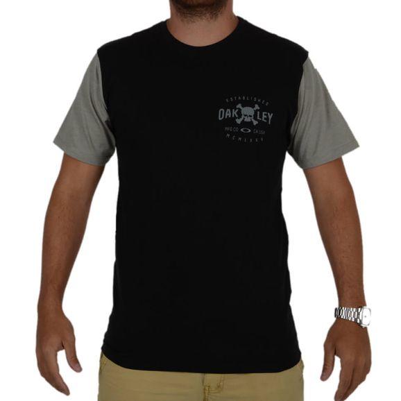 Camiseta-Oakley-Skull-Seal-Tee