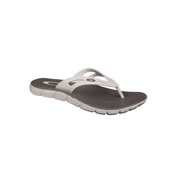 98e611243cc15 Calçados - Masculino Oakley Chinelos 41 – centralsurf