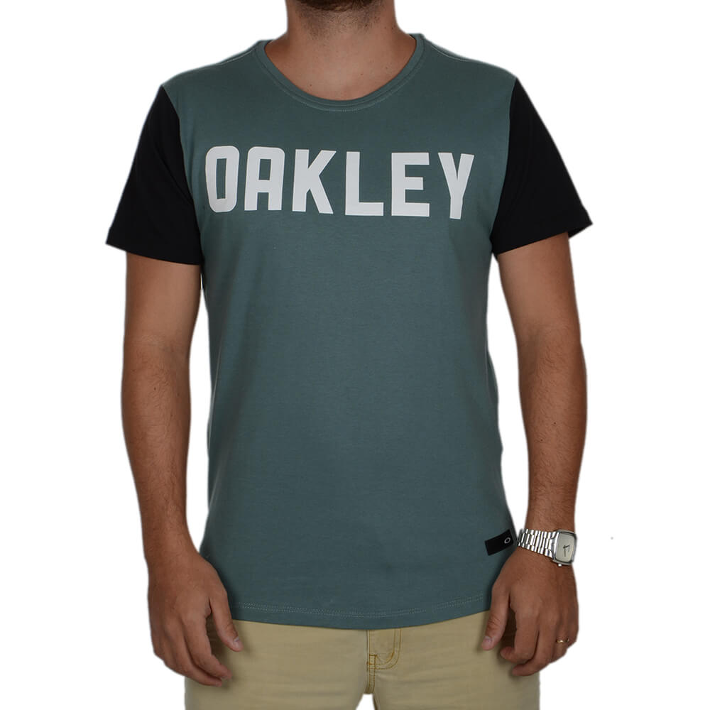 Camiseta Oakley Especial Mod O-lettering - centralsurf 71ff40993a4