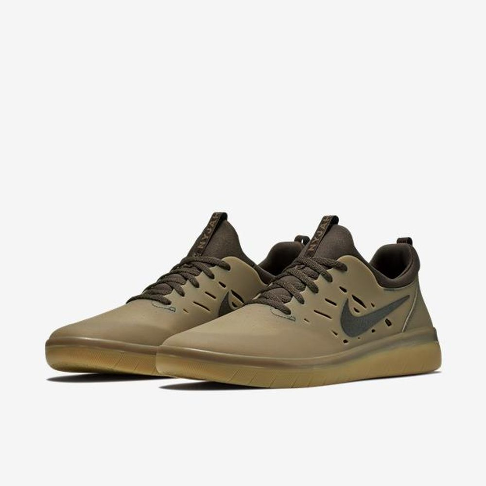 79b71501df2 Tênis Nike Sb Nyjah Free - Aa4272-992 - centralsurf