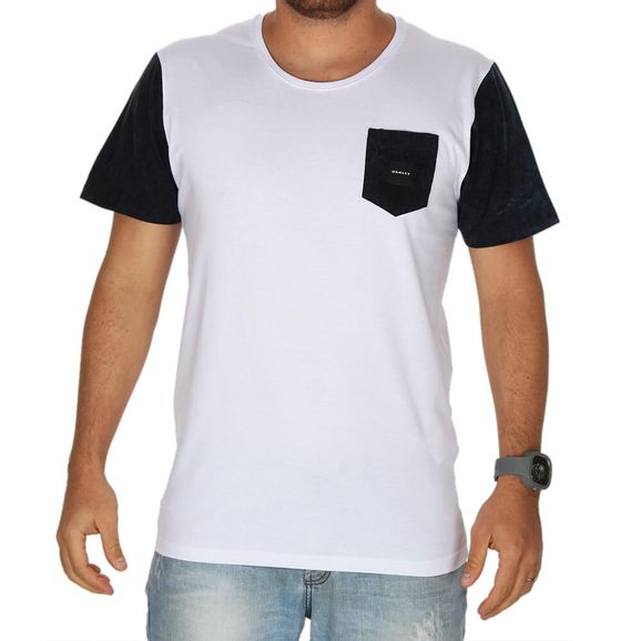Camiseta-Oakley-Especial