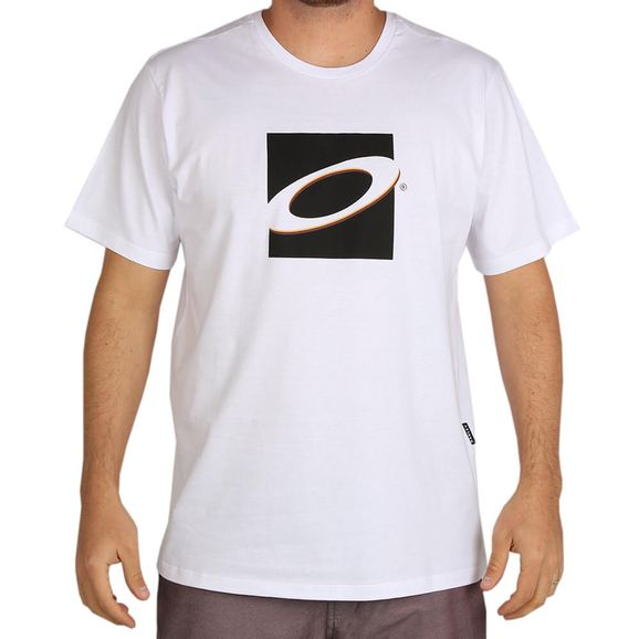 Camiseta-Oakley-Off-Limits-Block-Tee
