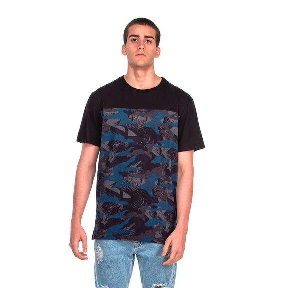 Camiseta-Lost-Camo-Tape